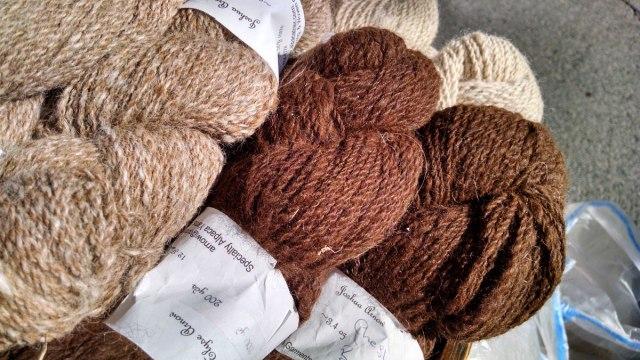 alpacatrax-specialty-alpaca-yarn